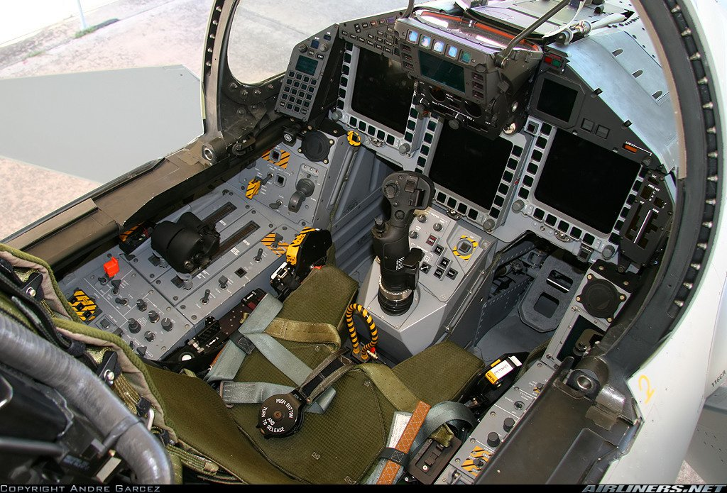 bell 47 interior with File Eurofighter Cockpit Int on Fsx Bell 430 Package moreover 30 moreover 1296 furthermore Sujet389850 21245 further Book350o.