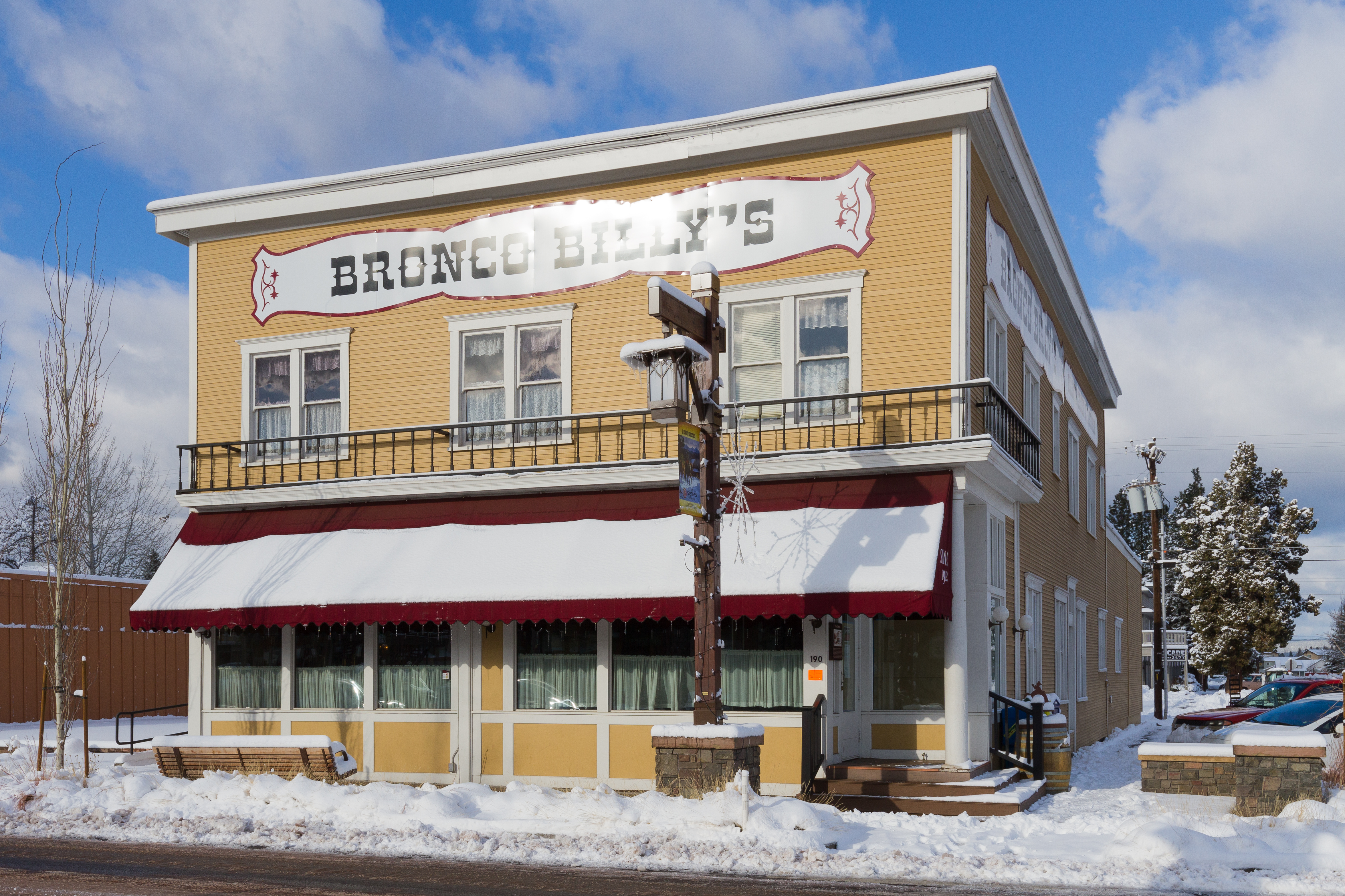 File Former Hotel Sisters In Oregon Jpg Wikimedia Commons