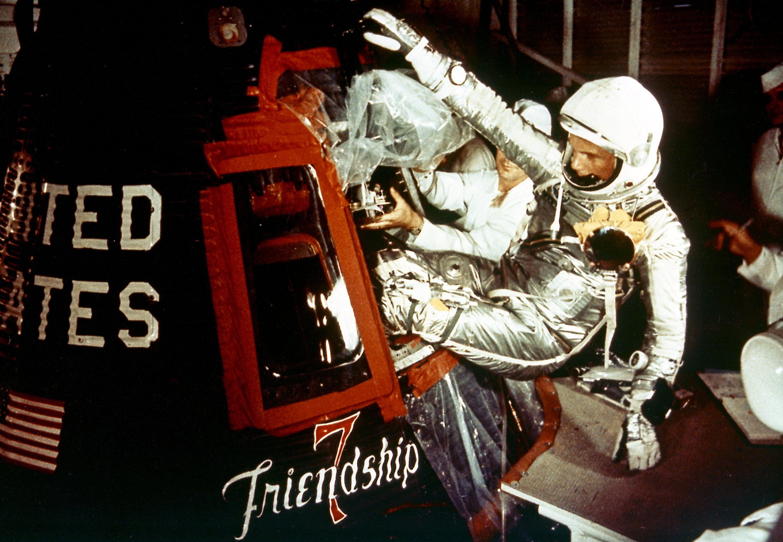 Mercury-Atlas MA-6 (Friendship 7) - CCAFS - 20.2.1962 Friendship_7_%28big%29