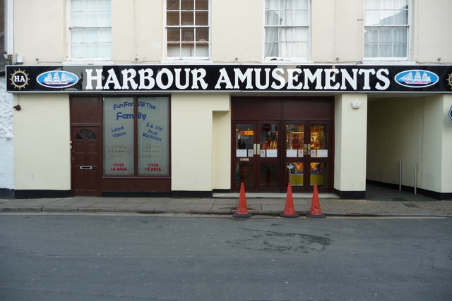 File:Harbour Amusements, No.13 Broad Street, Ilfracombe. - geograph.org.uk - 1274088.jpg