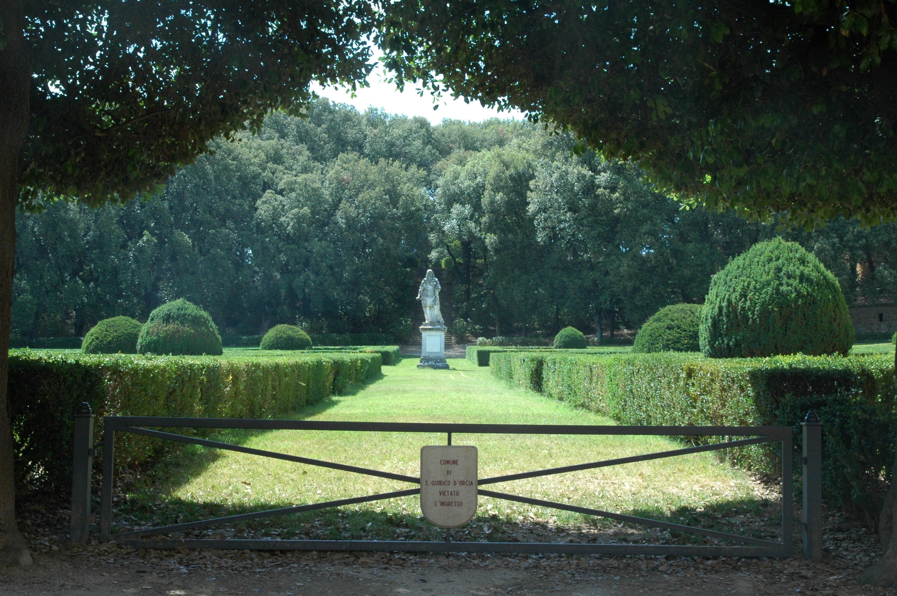 Horti Leonini, San Quirico d'Orcia (SI) - panoramio.jpg