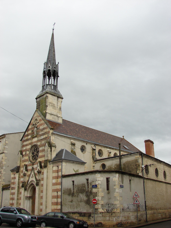 File:Institut Sainte Foy, Agen, Aquitaine, France - panoramio.jpg