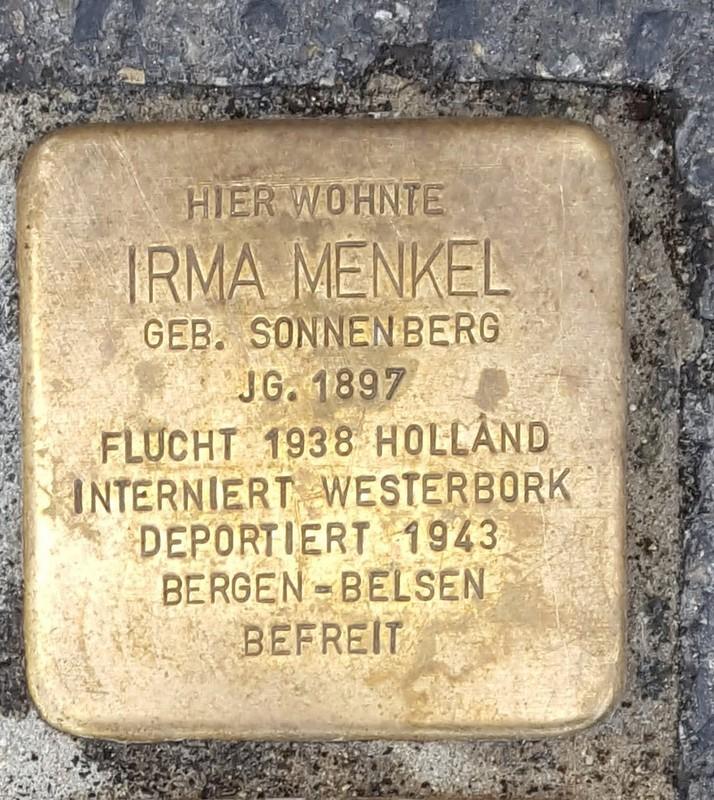 der Stolperstein für Irma Menkel