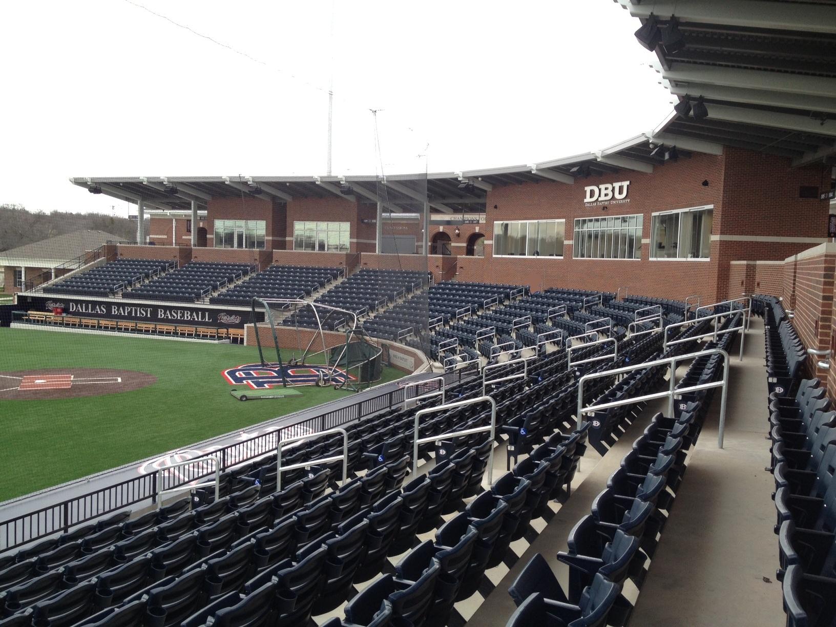 File:Joan and Andy Horner Ballpark, Dallas Baptist ...: http://commons.wikimedia.org/wiki/file:joan_and_andy_horner_ballpark,_dallas_baptist_university.jpg