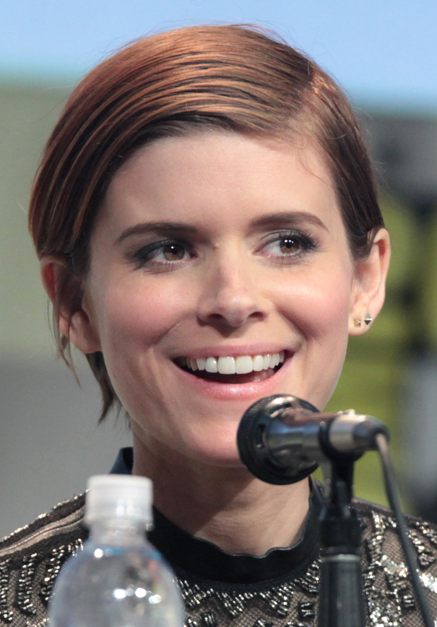 Mara at the 2015 [[San Diego Comic-Con]] promoting ''[[Fantastic Four (2015 film)|Fantastic Four]]''