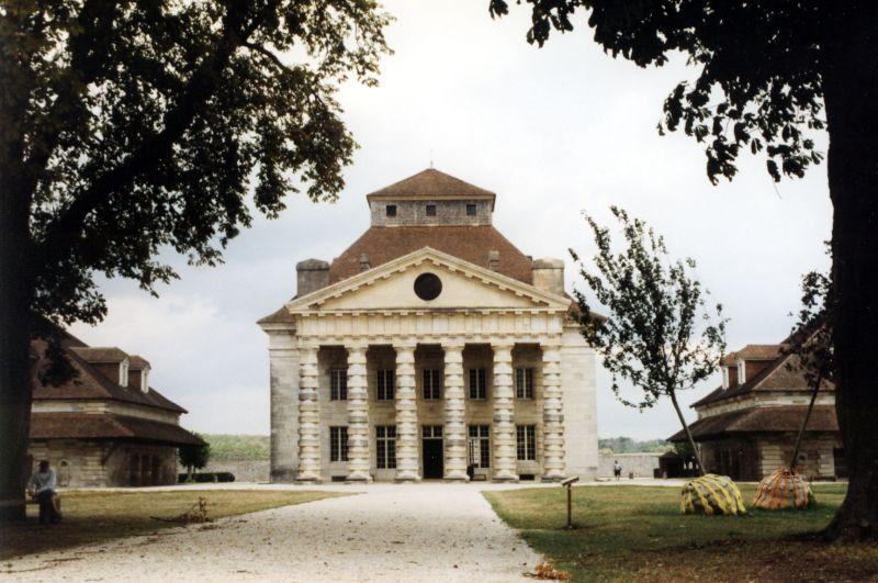 File koenigliche saline in arc et senans bild1 for Maison des temps modernes