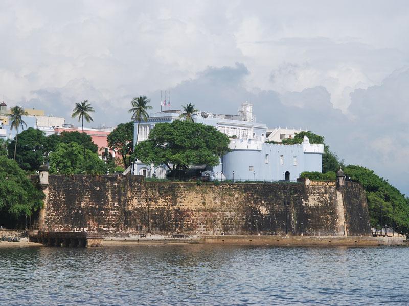 http://upload.wikimedia.org/wikipedia/commons/a/a4/LaFortaleza_SanJuan_PuertoRico.jpg