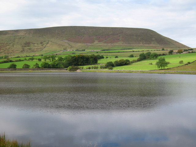 Lower Black Moss Reservoir - geograph.org.uk - 570965