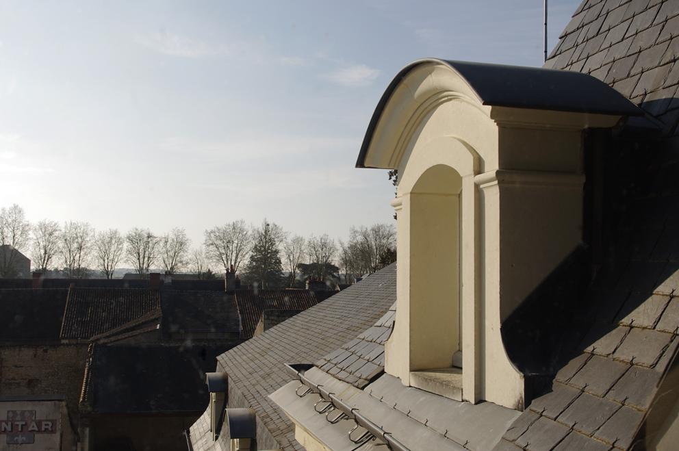Lucarne wikip dia for Type de lucarne de toit