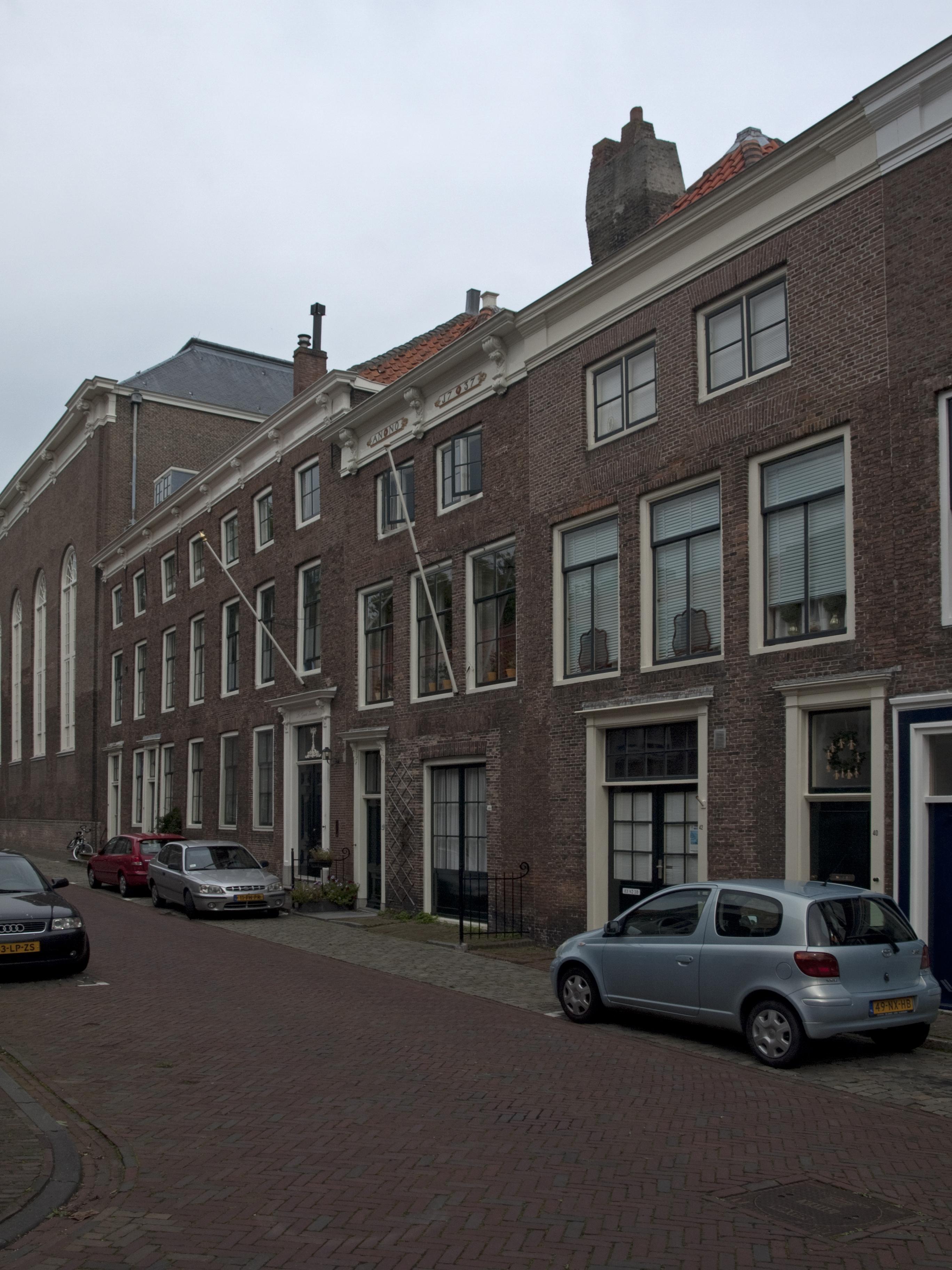Huis met lijstgevel in lijst gedateerd anno 1737 in for Lijst inrichting huis