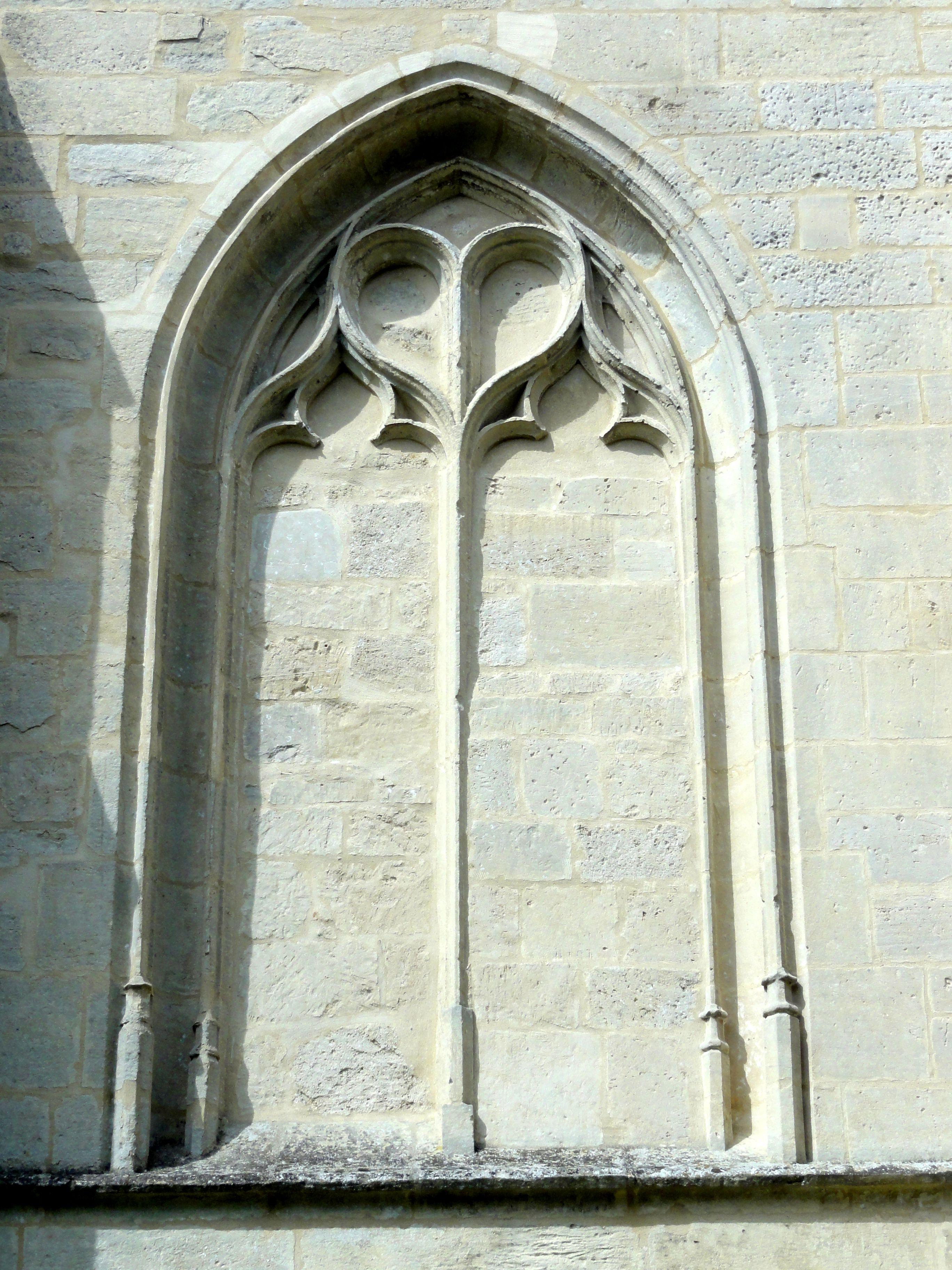 File montjavoult 60 glise saint martin chevet for Enveloppe fenetre a gauche