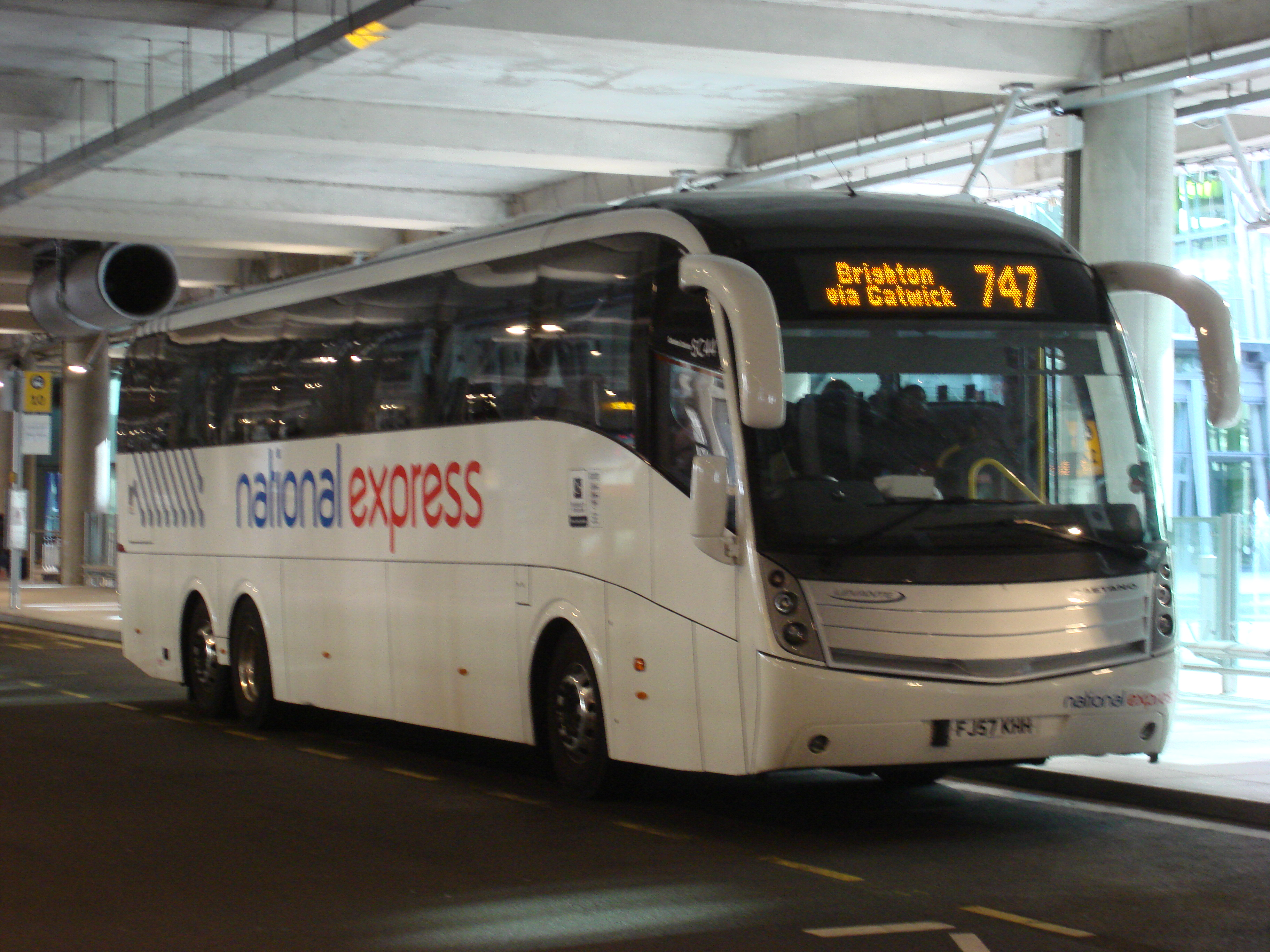 File:National Express route 747.jpg - Wikipedia
