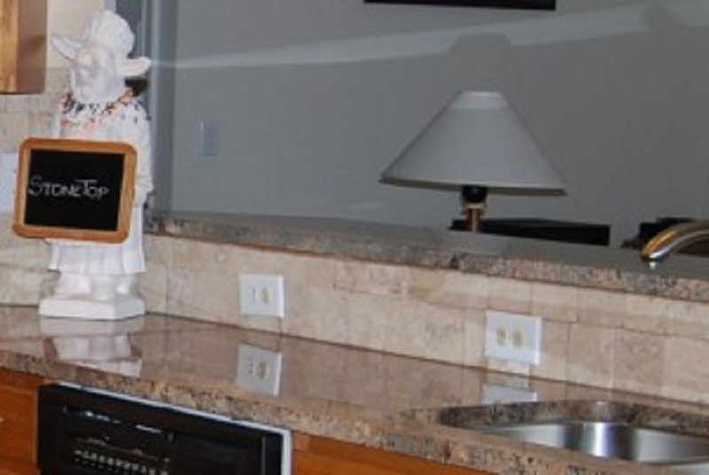 File:Natural Quartz Countertops And Solid Surafces In Peachtree City GA