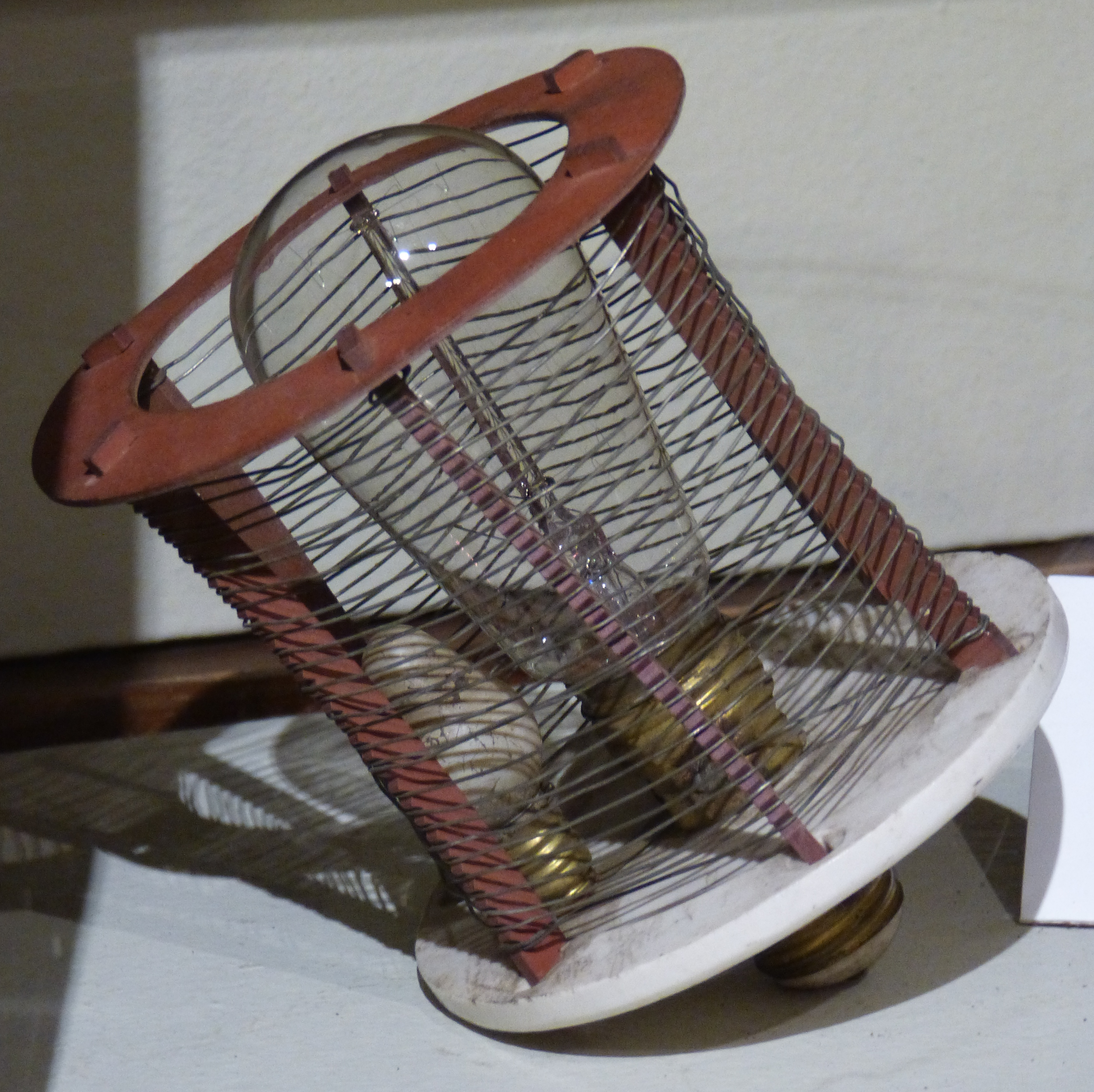 Fileold Electric Bug Zapper Wikimedia Commons Circuit