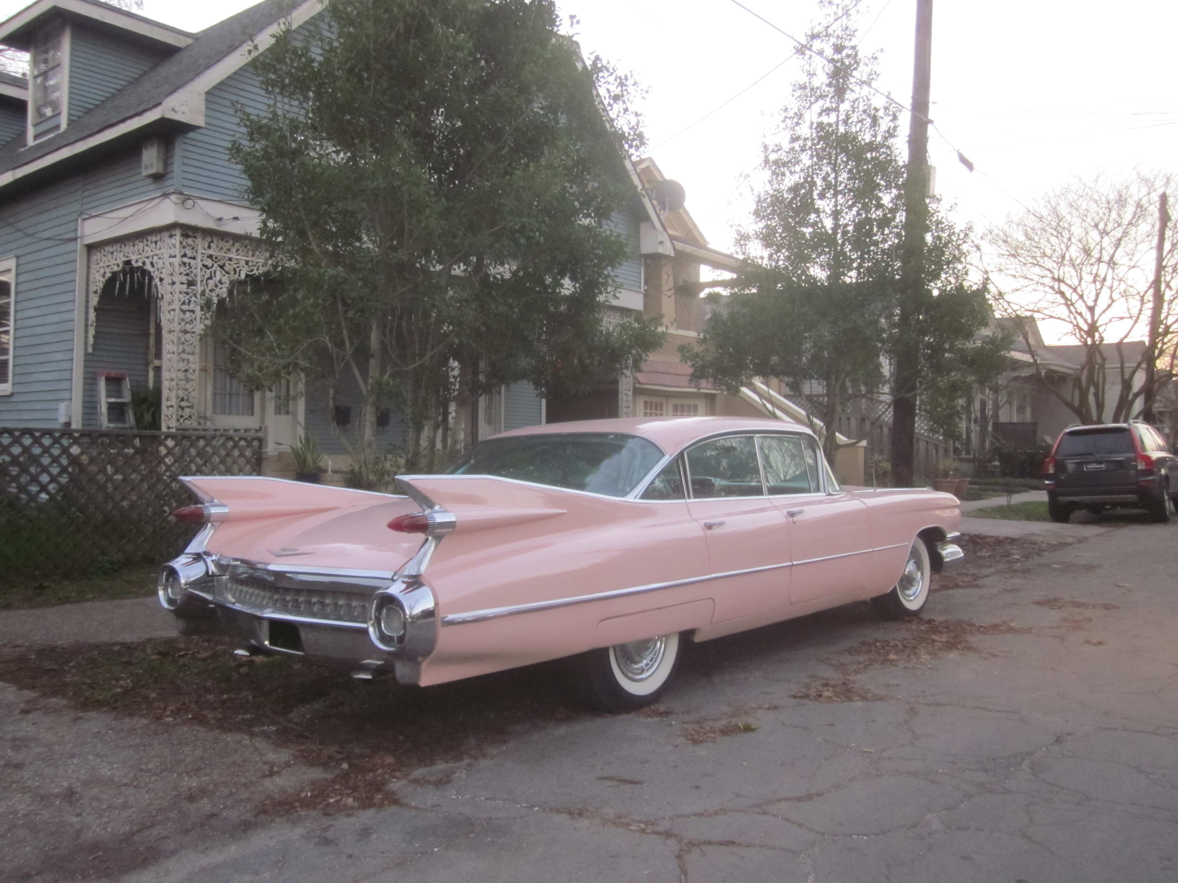 File Pink Cadillac Constance St NOLA Wikimedia mons