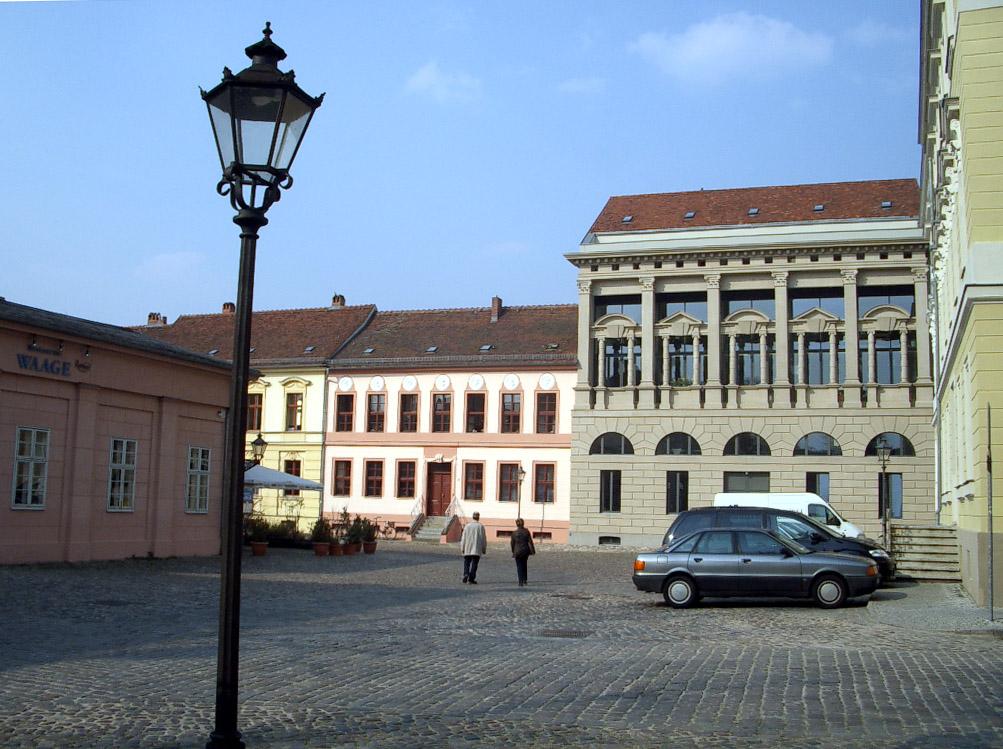 Potsdam_-_Neuer_Markt_1.jpg