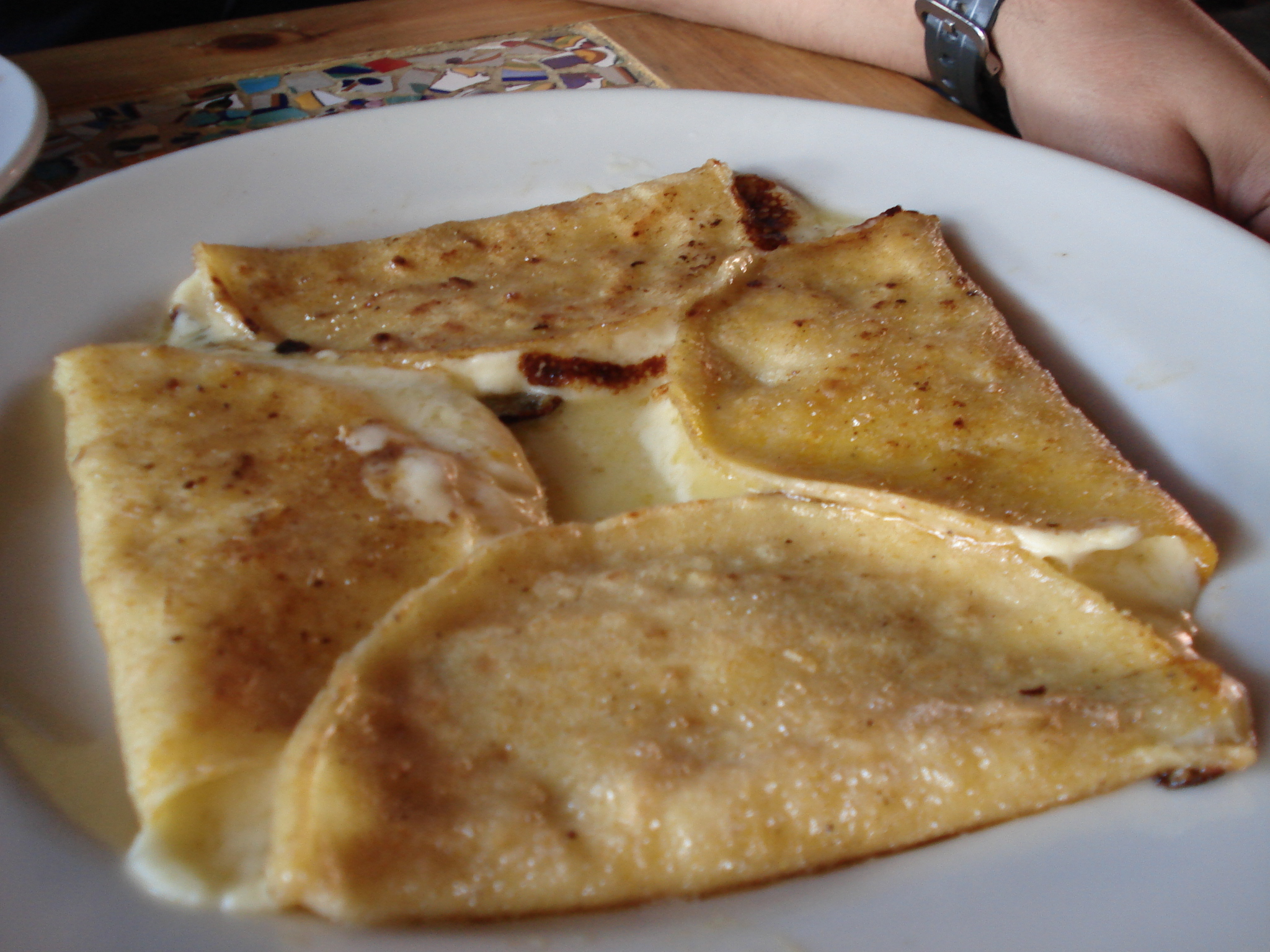 File:Quesadillas tradicionales.jpg - Wikimedia Commons