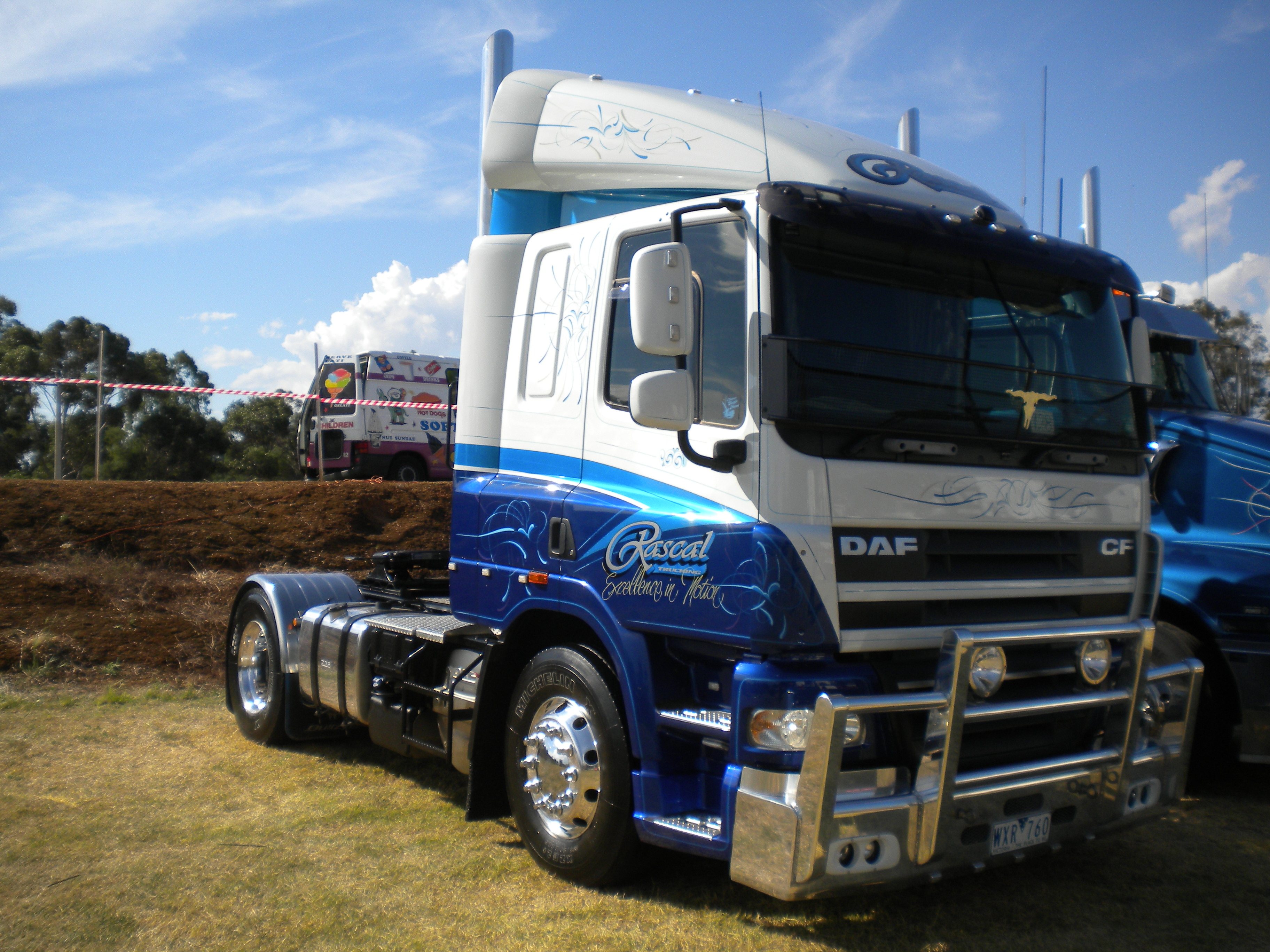 File:Rascal Truckin DAF CF jpg - Wikimedia Commons