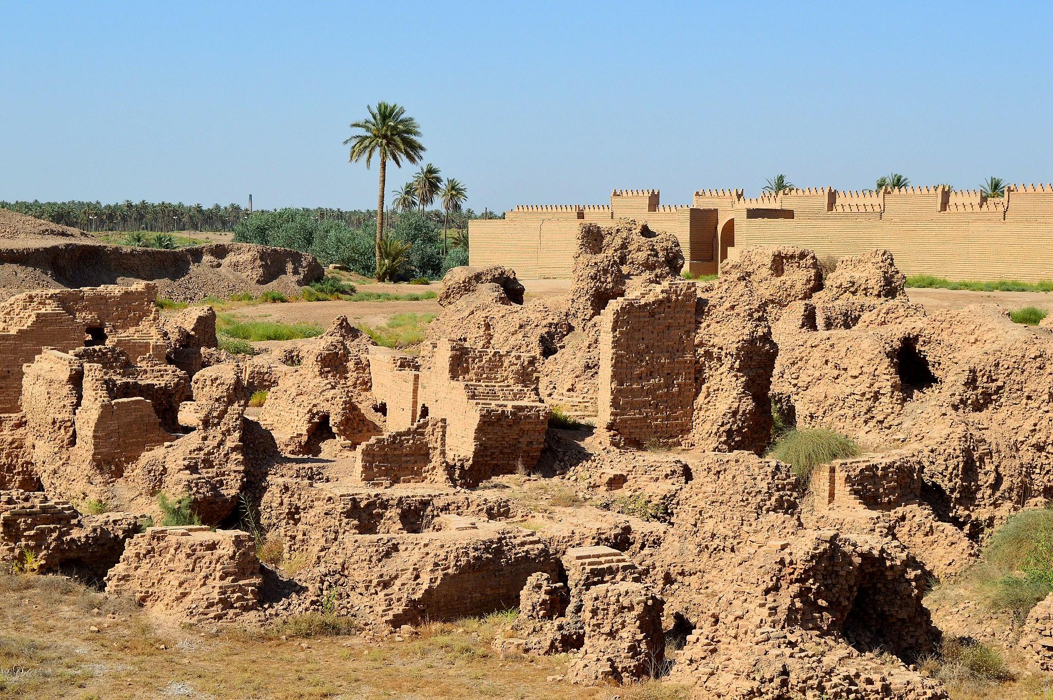 File:Ruins of Babylon, Mesopotamia, Iraq.jpg - Wikimedia Commons