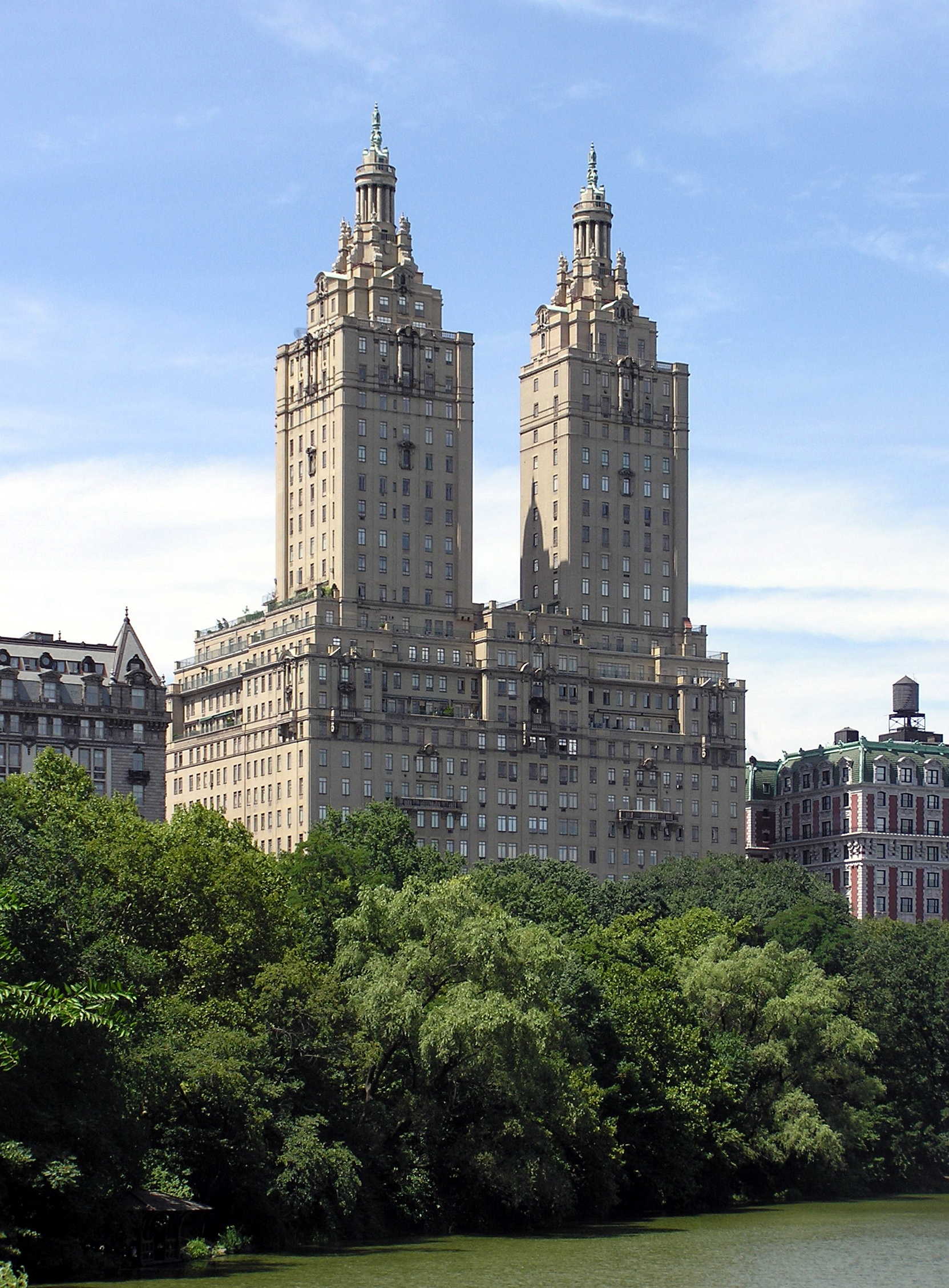 File san remo apartments from central park jpg wikimedia for Central park apartments ny
