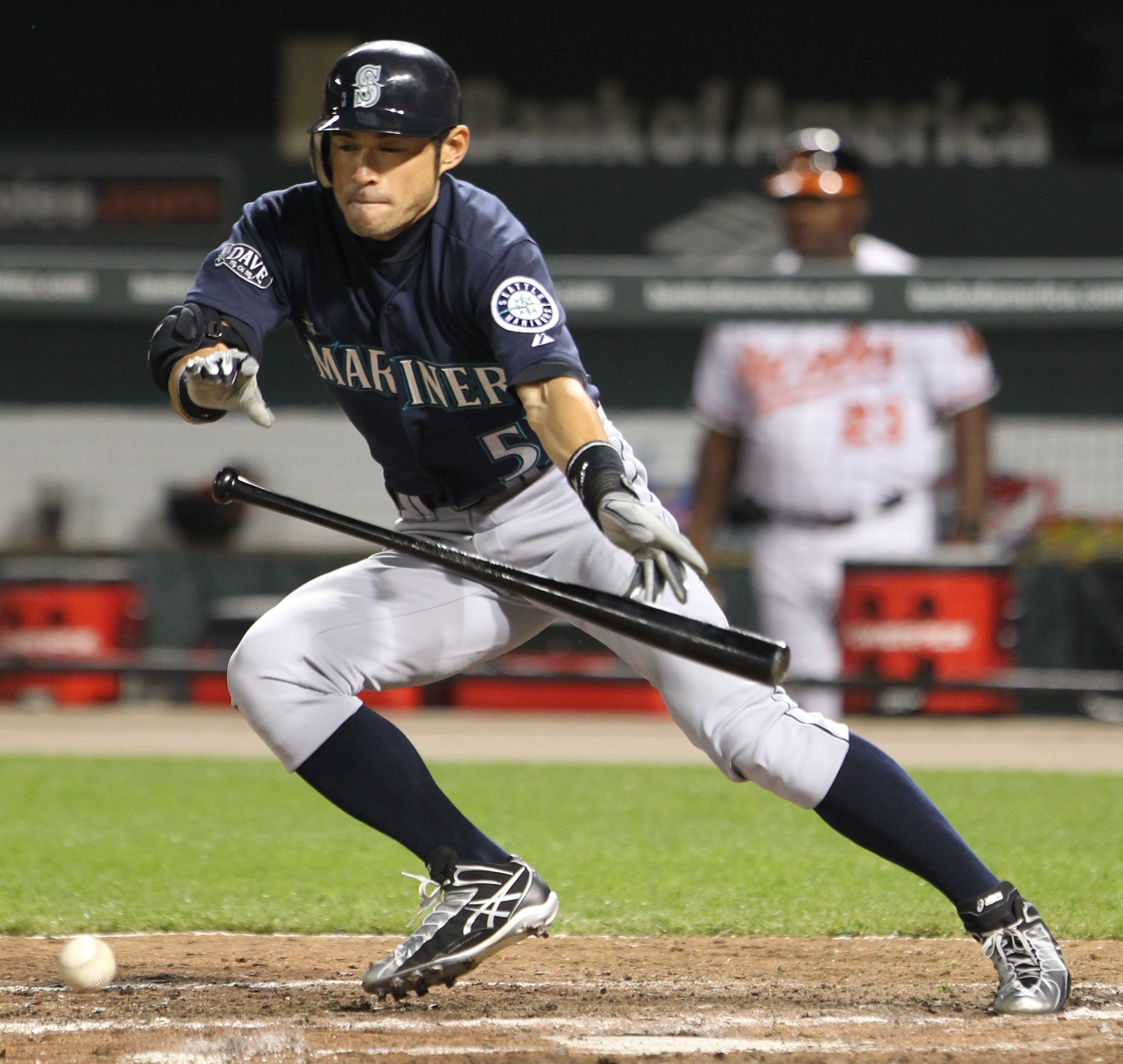 File:Seattle Mariners right fielder Ichiro Suzuki (51 ...