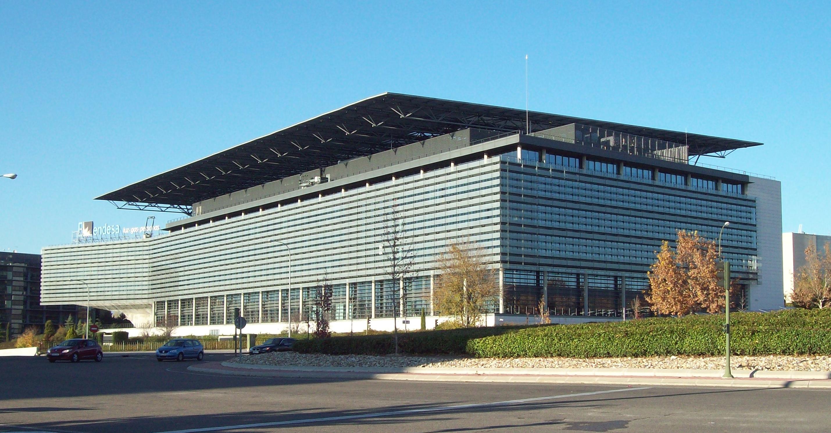 File sede de endesa madrid wikimedia commons for Oficinas endesa