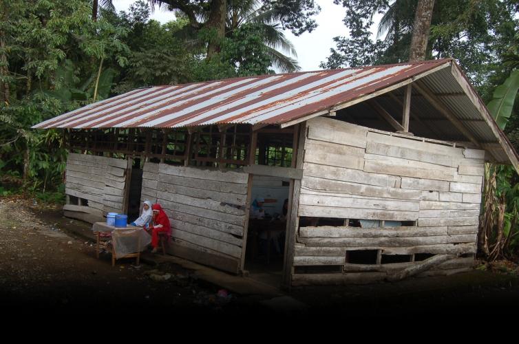 File:Sekolah agama Kayu Tanam.jpg