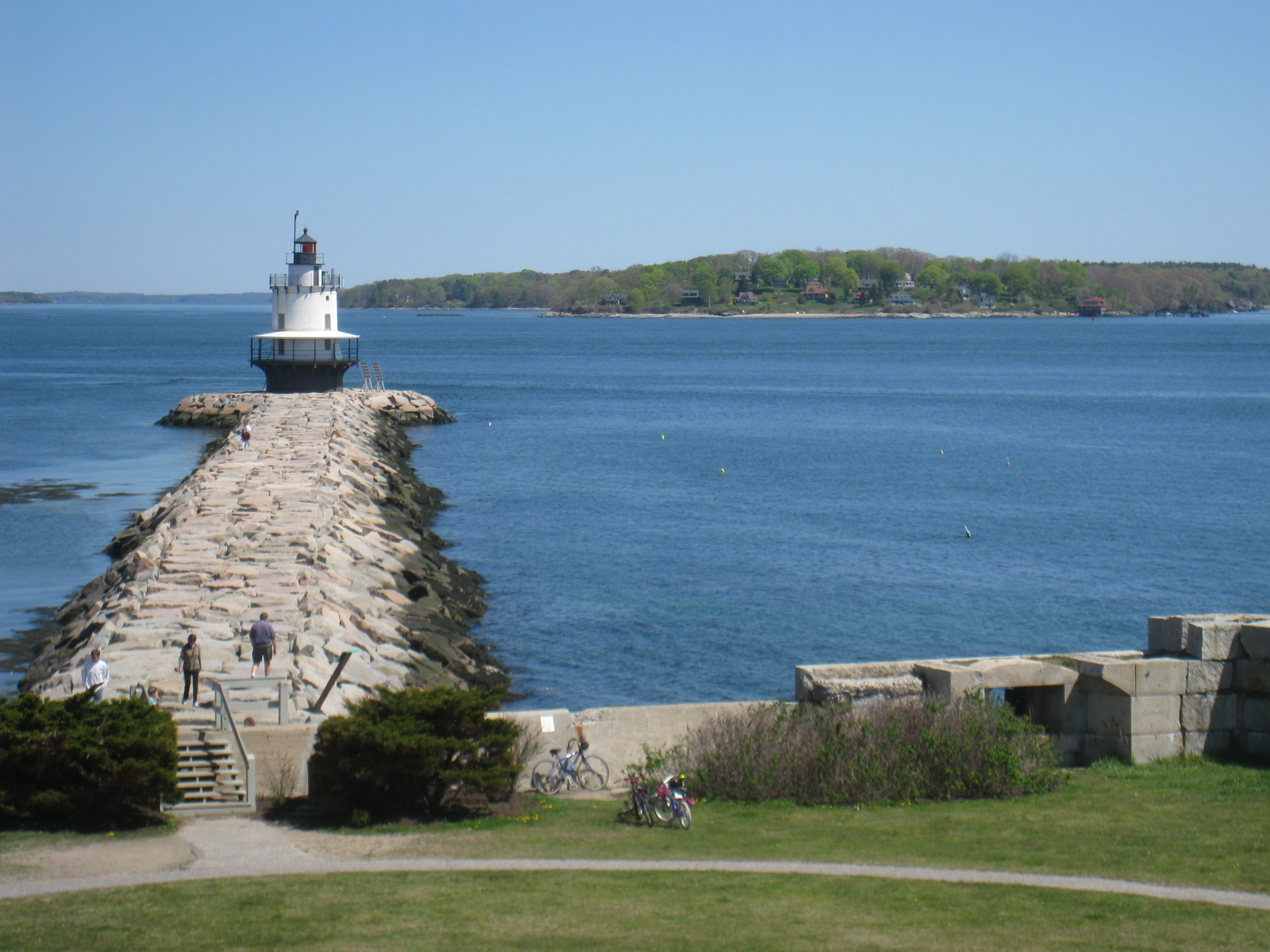 South Portland Maine Hotels With Smokinh Rooms