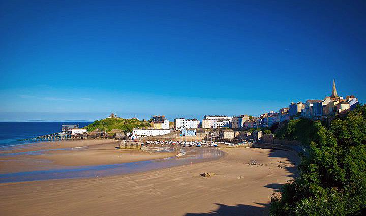 File:Tenby - Wales - Harbour.jpg