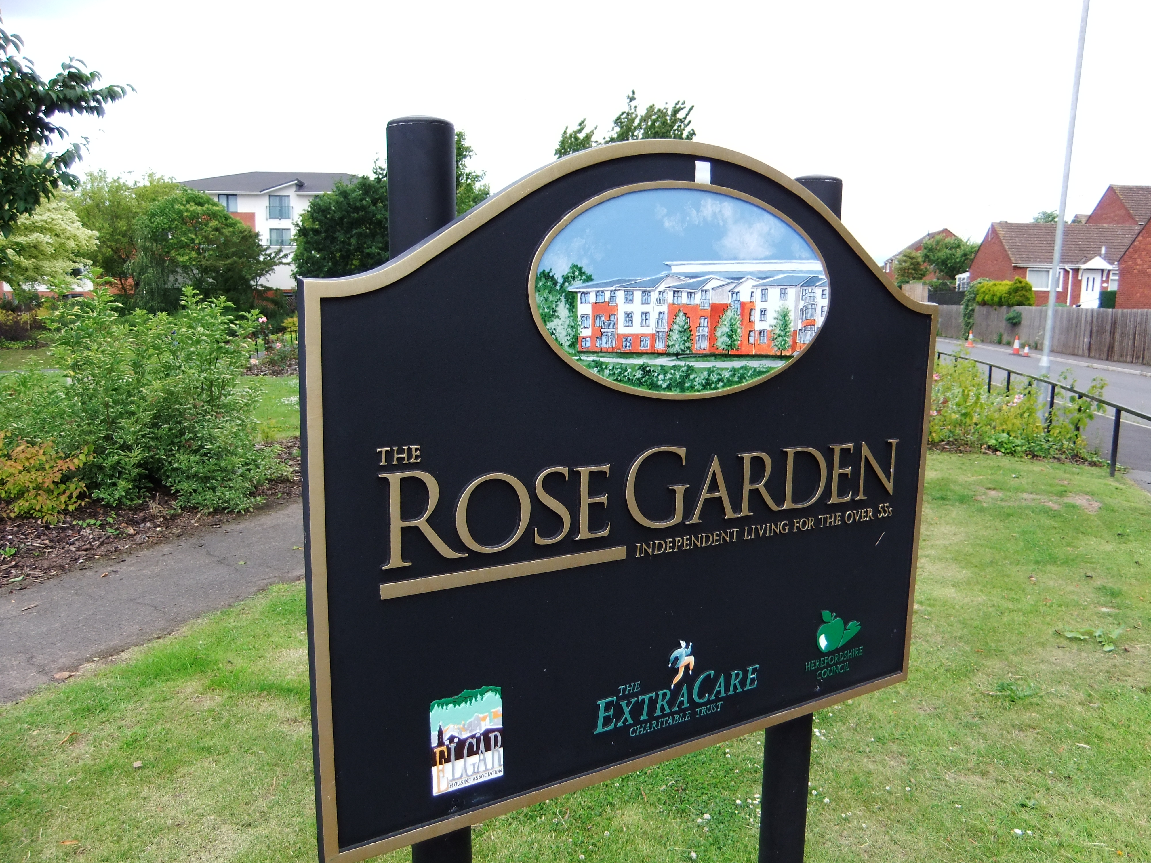 FileThe Rose Garden sign, Hereford   DSCF20.JPG   Wikimedia Commons