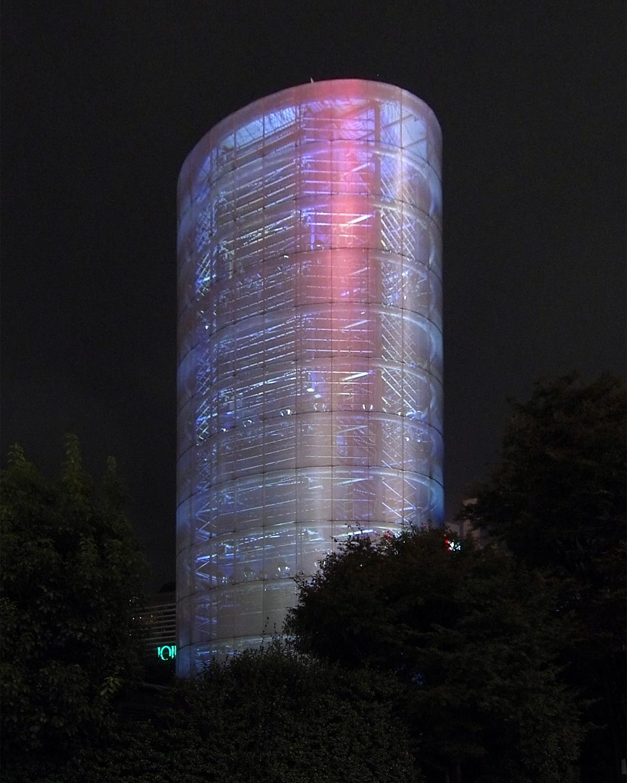 伊東豊雄風の塔