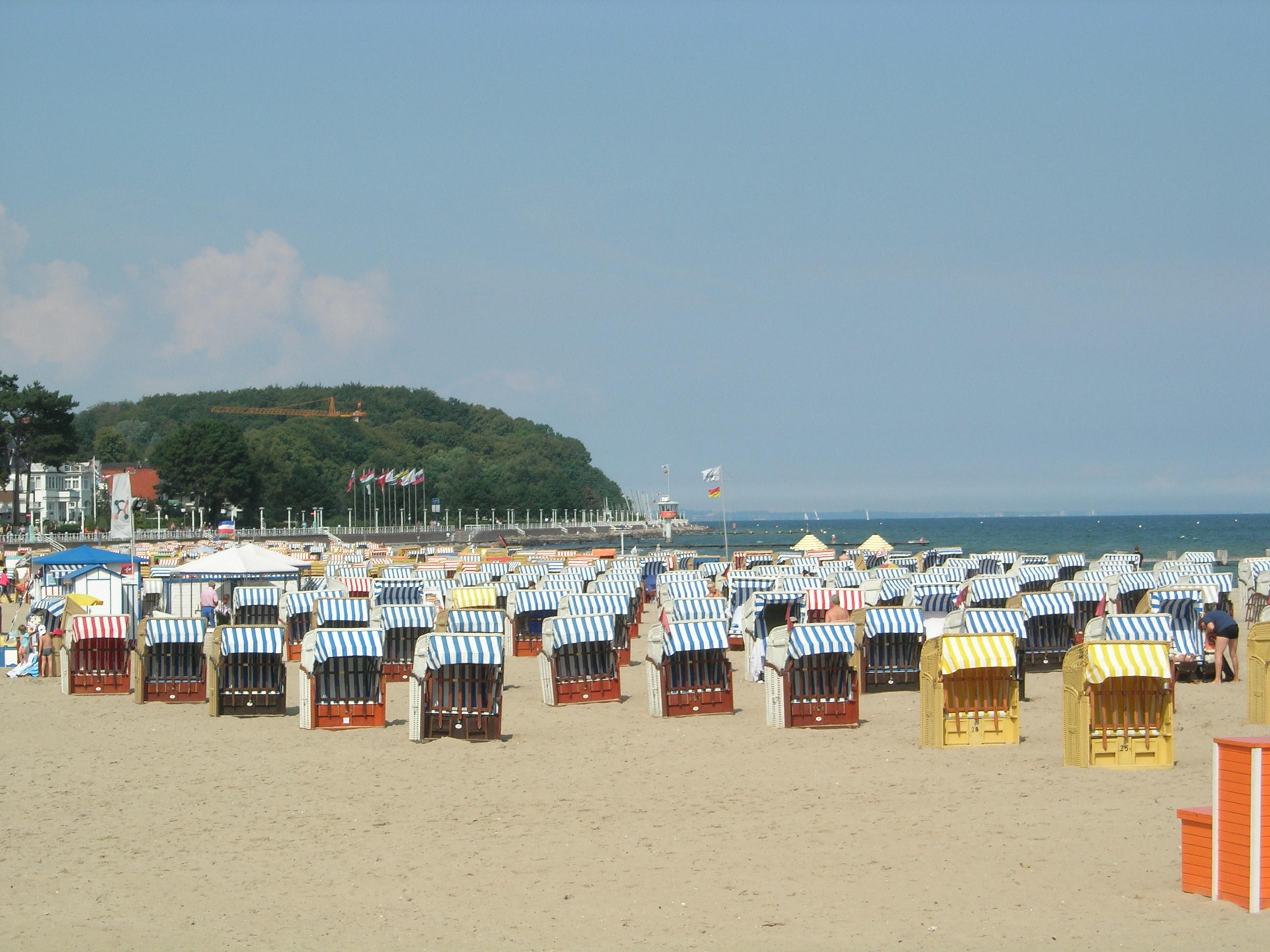 File:Travemunde_beach on Life Cover