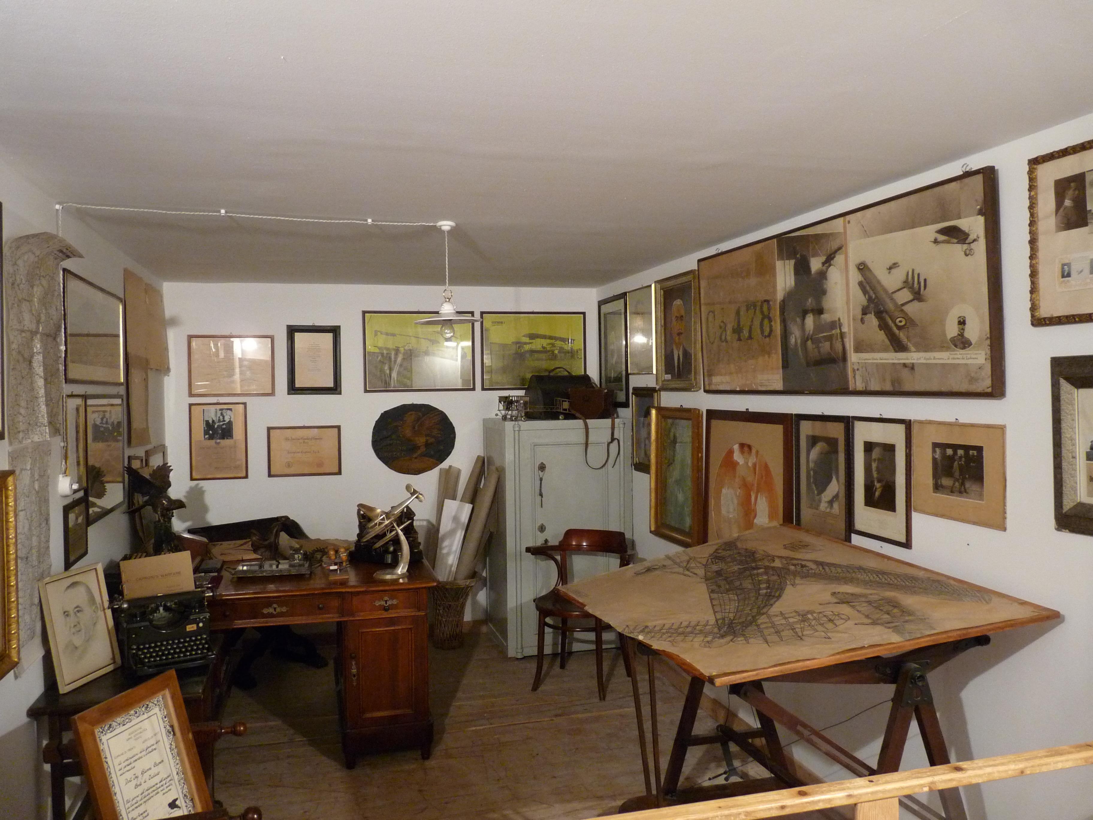 Ufficio Wikipedia : File:trento museo gianni caproni ufficio gianni caproni.jpg wikipedia
