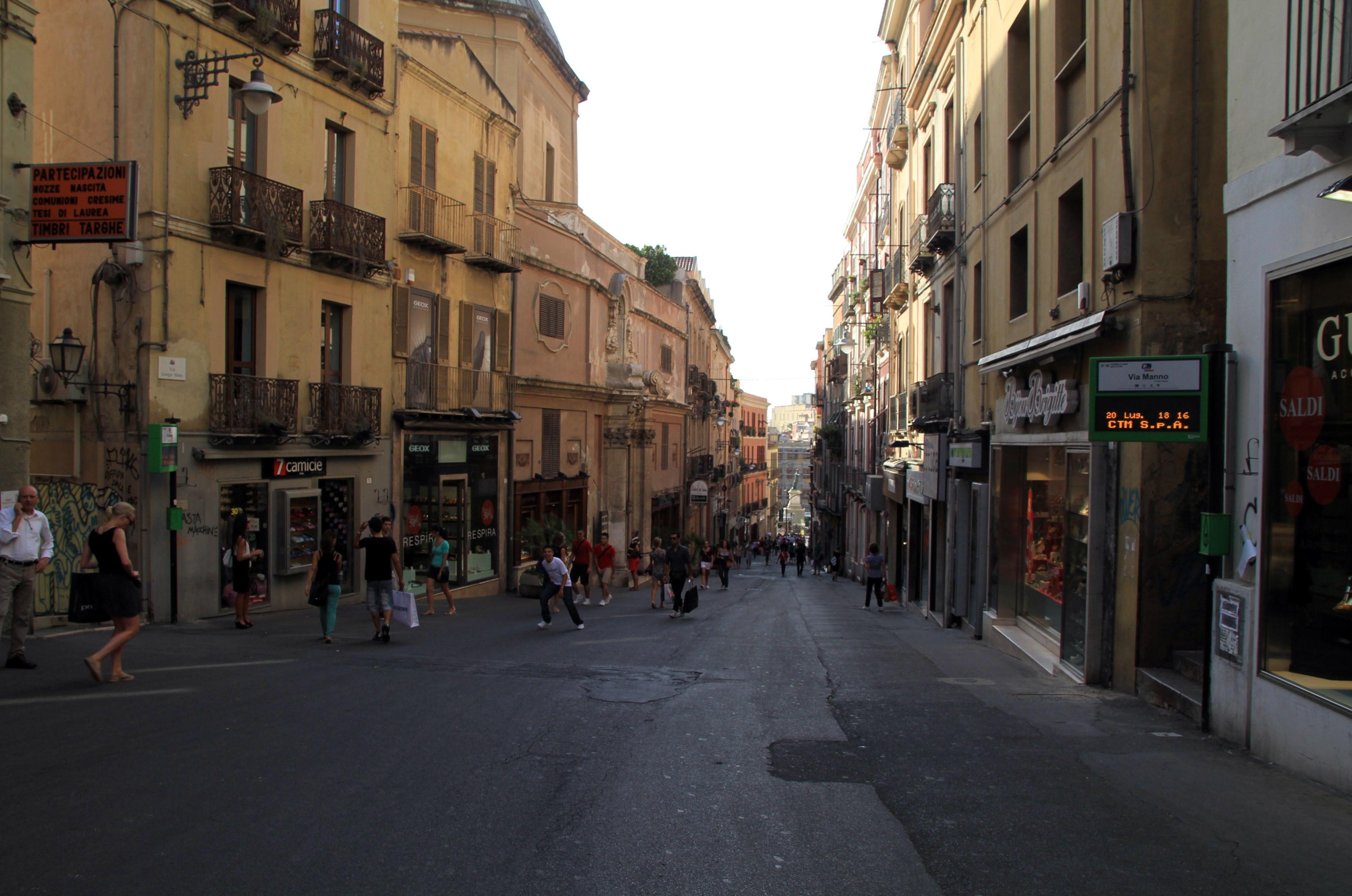 online store 3fa76 68b0c File:Via Giuseppe Manno, Cagliari, Sardinia, Italy ...