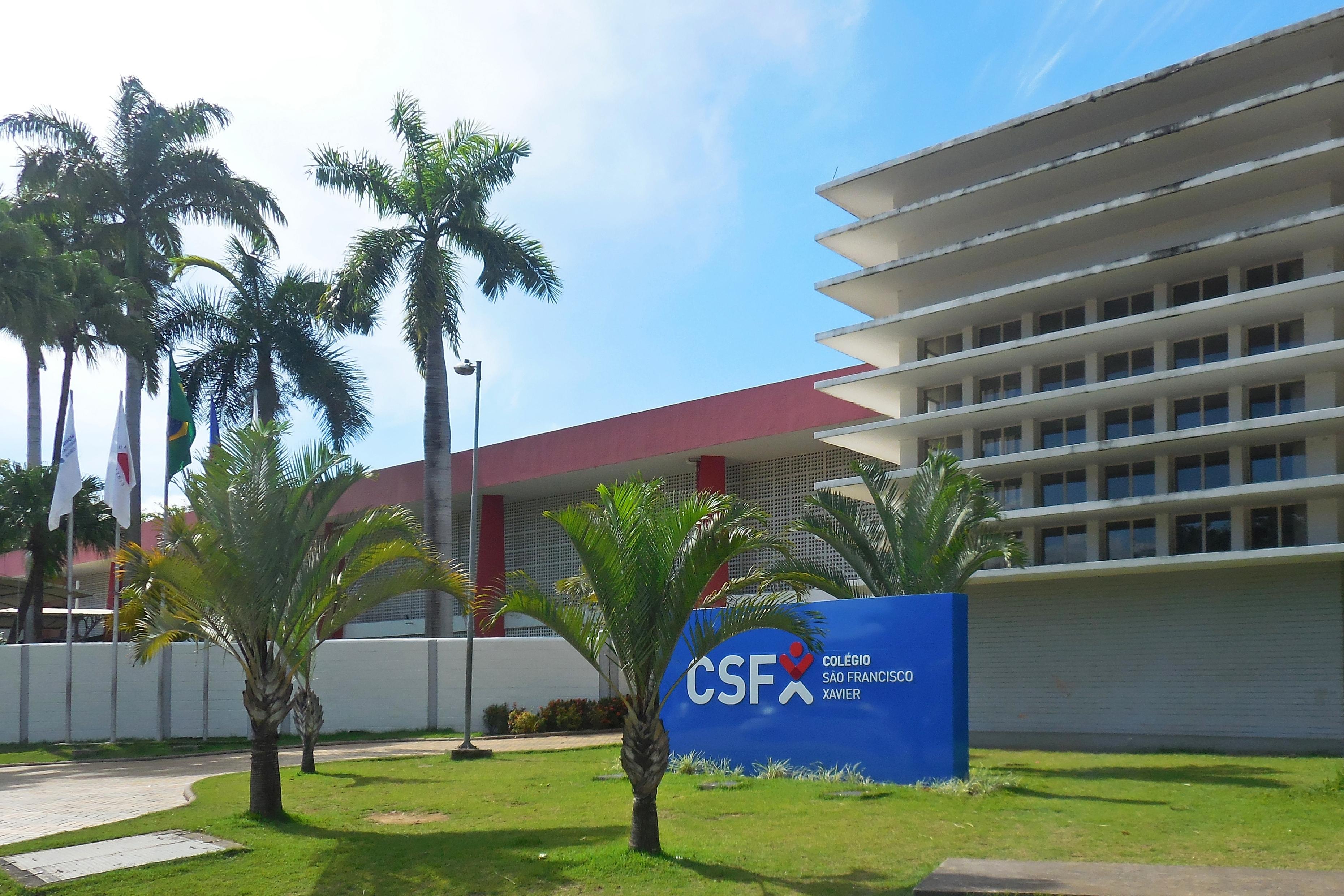 8a485e914ed Fachada do Colégio São Francisco Xavier