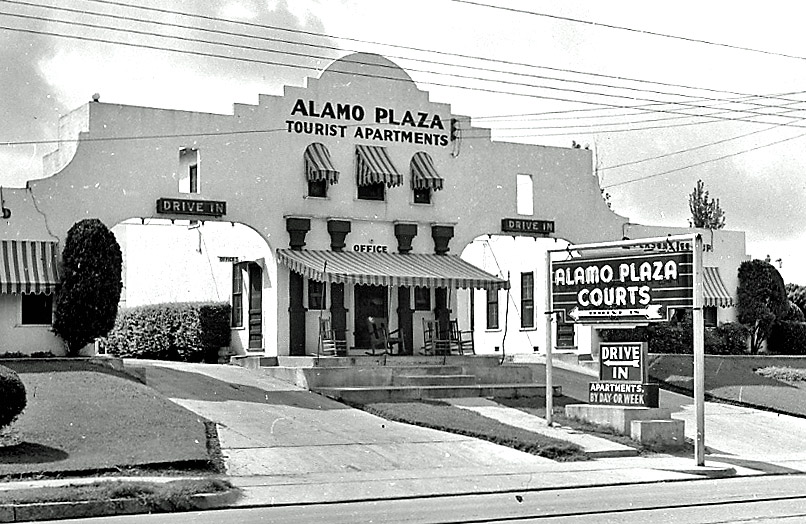 Alamo Plaza Hotel Courts Wikipedia
