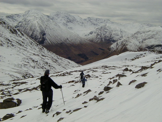 Walking down from the Pap - geograph.org.uk - 698587