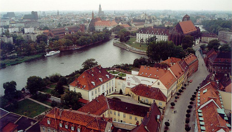 Point de vue panoramique depuis la Cathédrâle de Saint Jean Baptiste à Wroclaw.