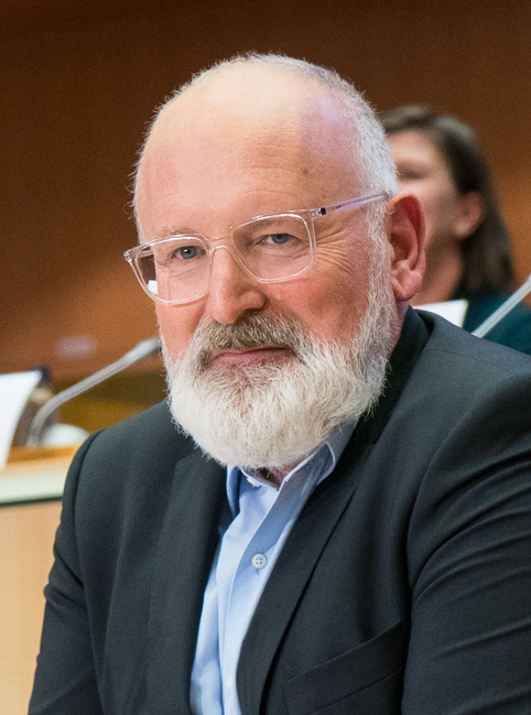 The 59-year old son of father (?) and mother(?) Frans Timmermans in 2020 photo. Frans Timmermans earned a million dollar salary - leaving the net worth at 4.3 million in 2020