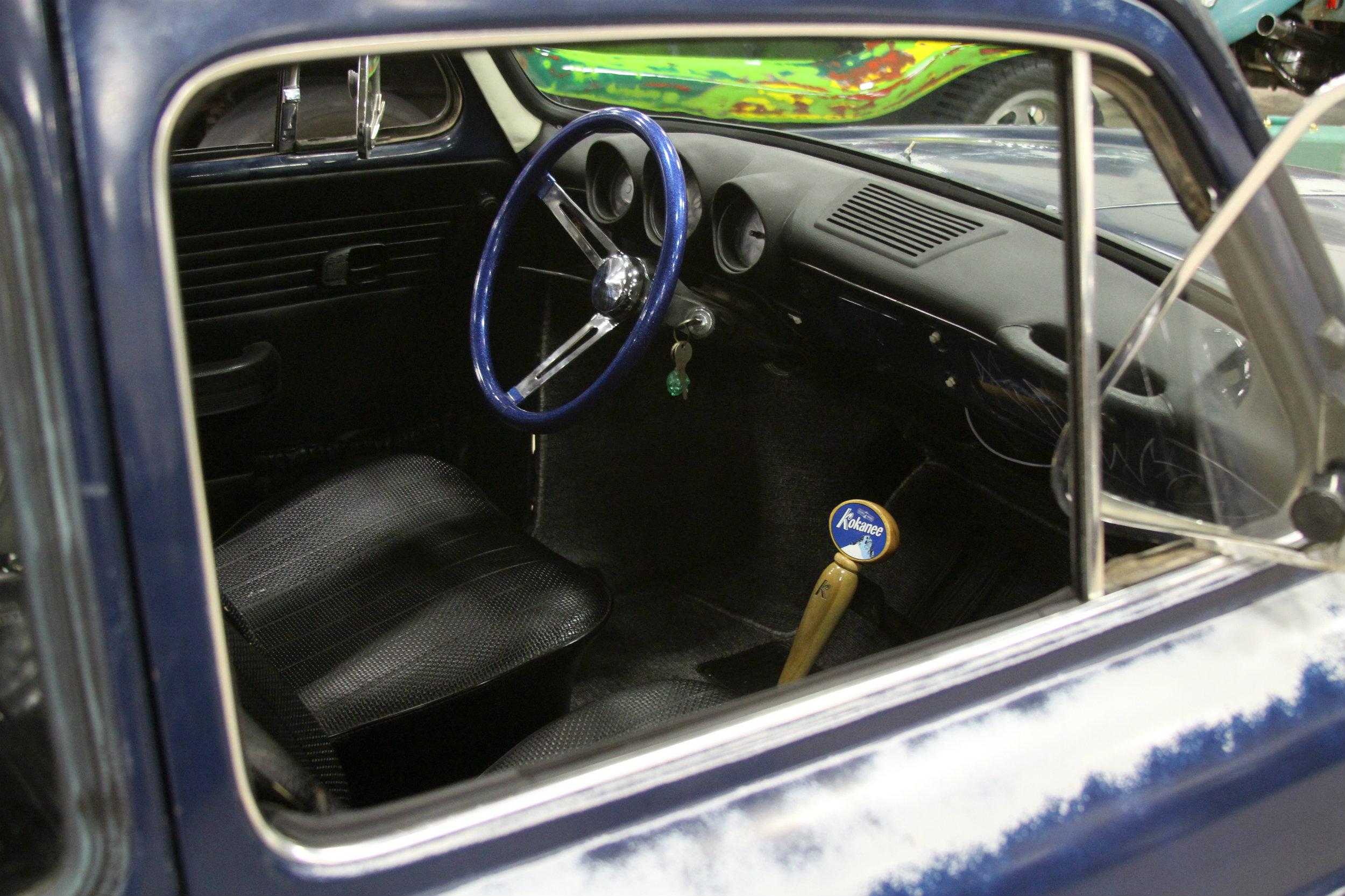 File:1970 Volkswagen Type 3 Squareback interior (11959267904).jpg