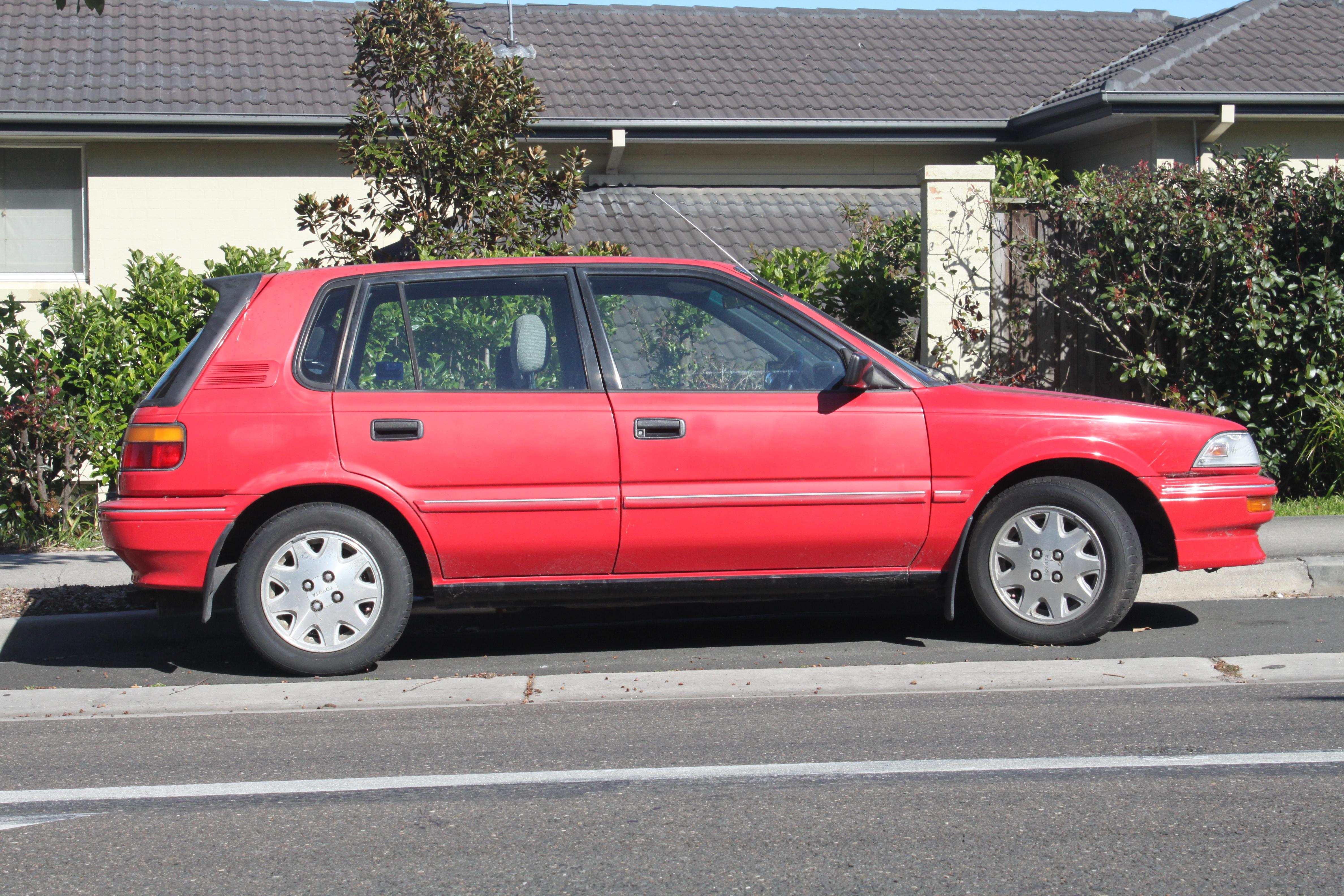 file 1990 toyota corolla ae93 sx 5 door hatchback 20658576291 jpg wikimedia commons wikimedia commons