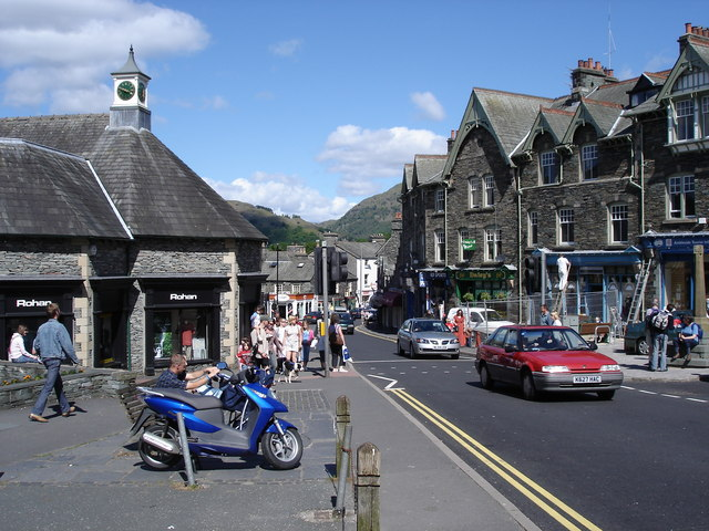 Ambleside - Rydal Road - geograph.org.uk - 1164410