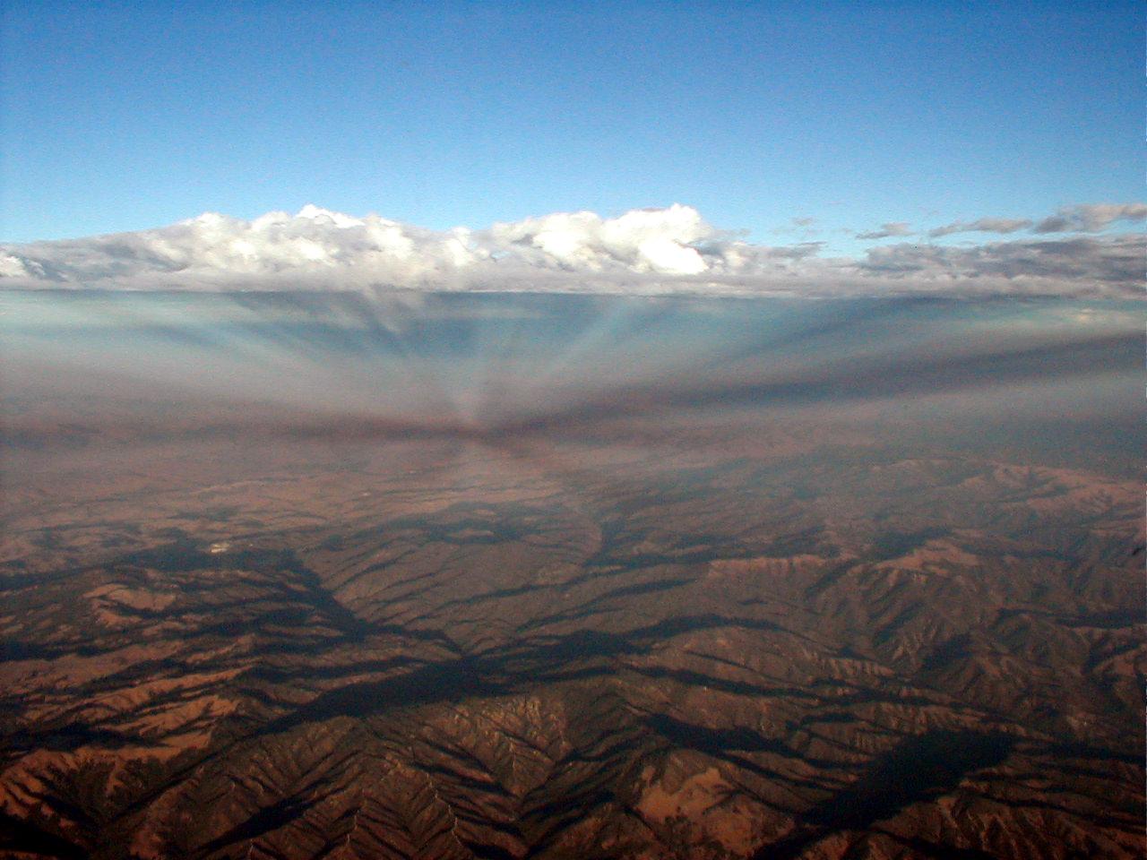 File Anticrepuscular Rays While Flying Over Arizona 2002