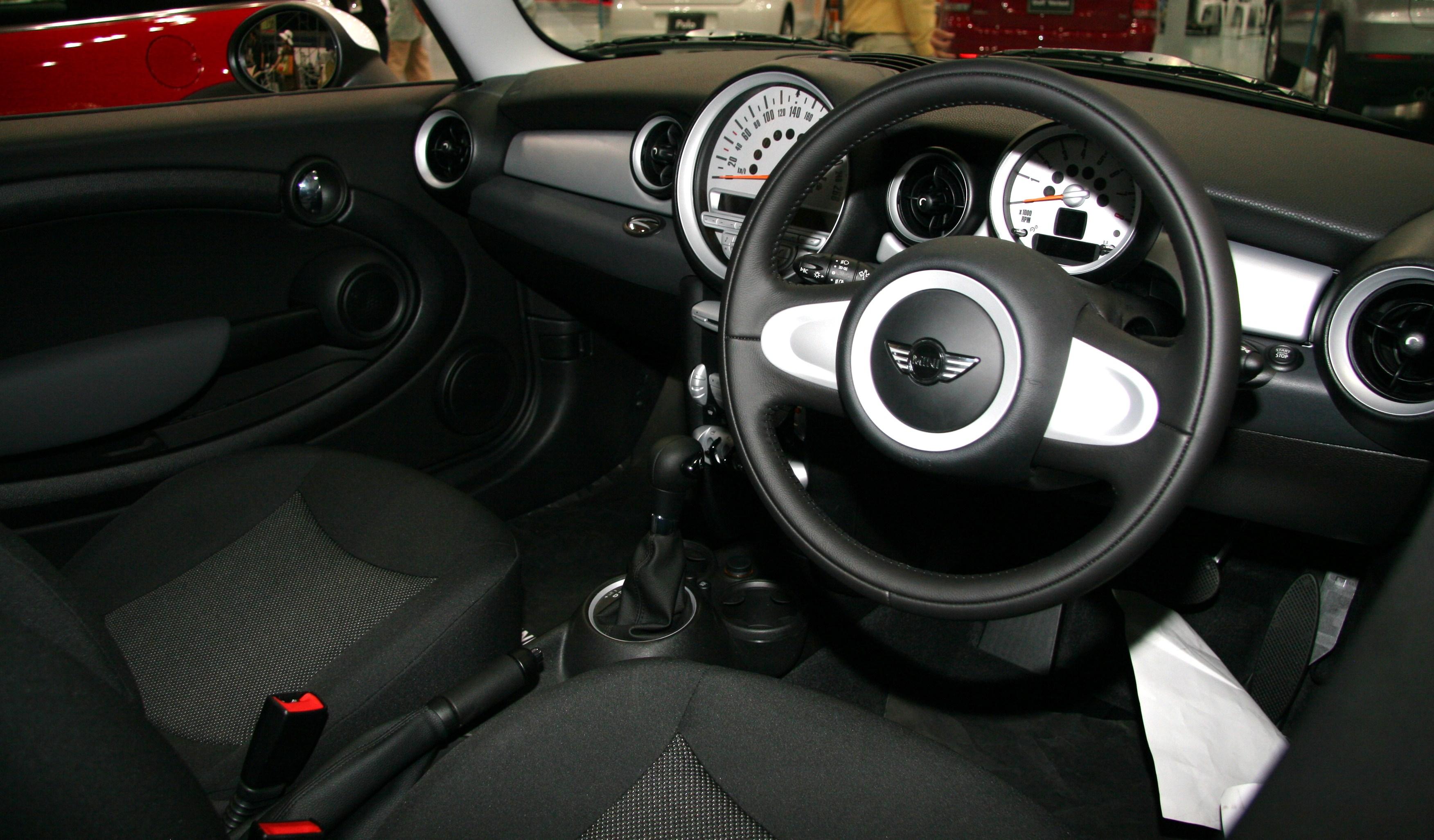 Description Bmw Mini Cooper Interior Jpg