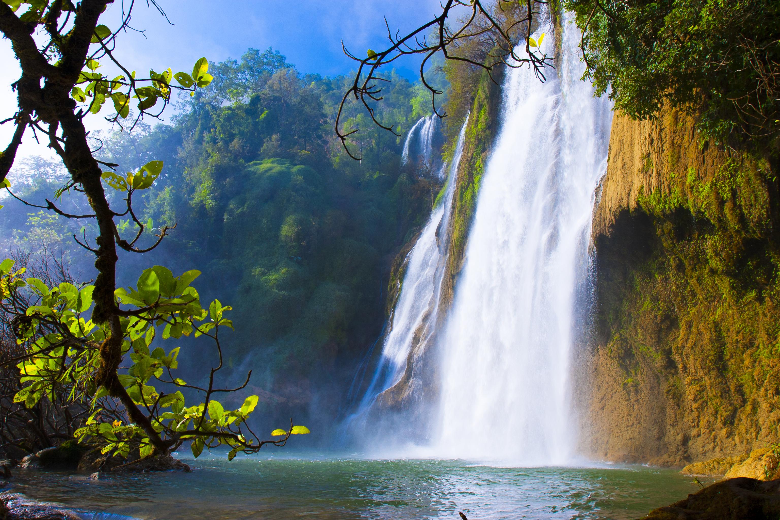 File:Beautiful Waterfall.jpg