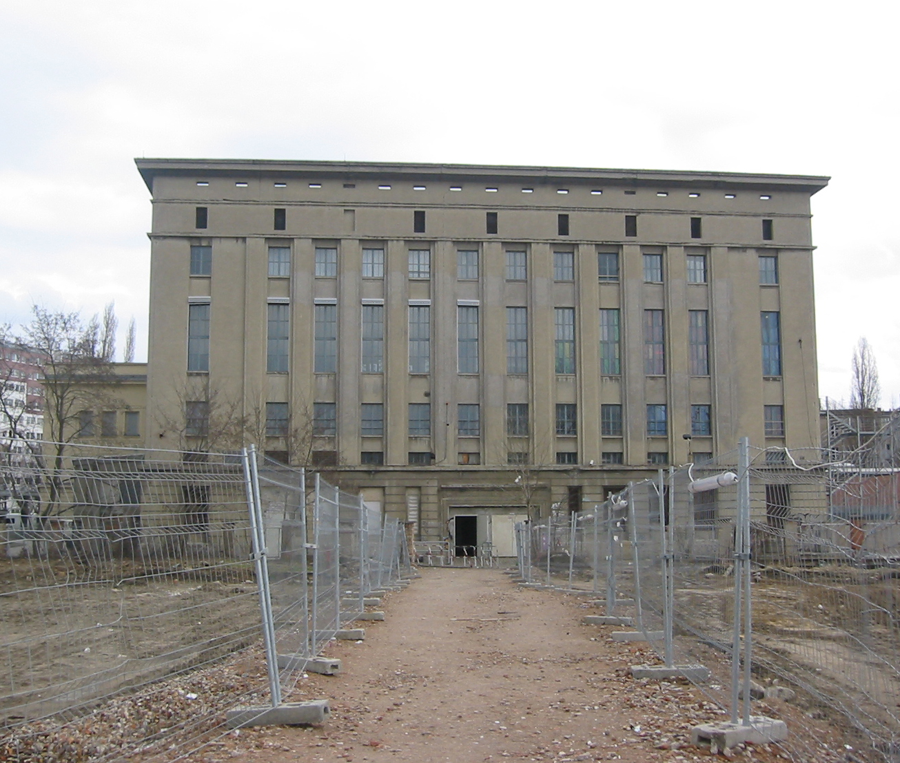 10 Facts About Berghain, Berlin's Legendary Techno Club (Warning: Beatport Article Hilariously NSFW)
