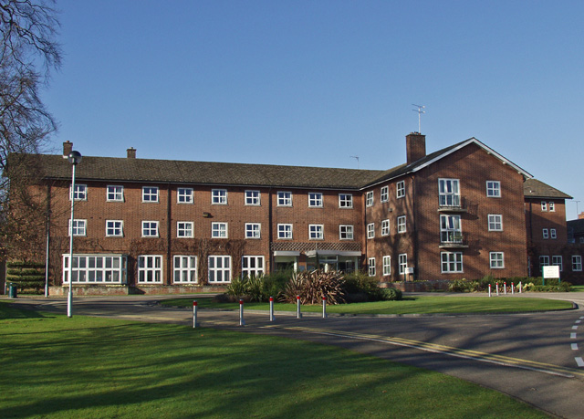 File:Bishop Burton College.jpg