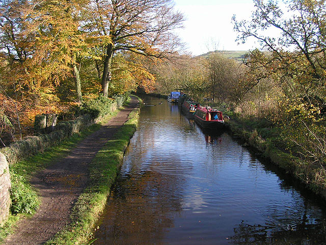 Bugsworth arm, Peak Forest Canal - geograph.org.uk - 77877
