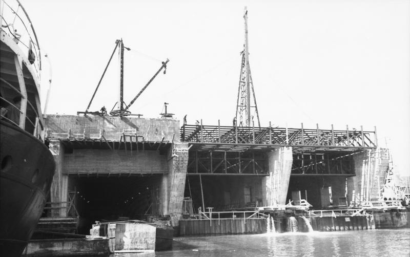 Wikipédia Brest Base Marine — Sous De b7fgyY6v