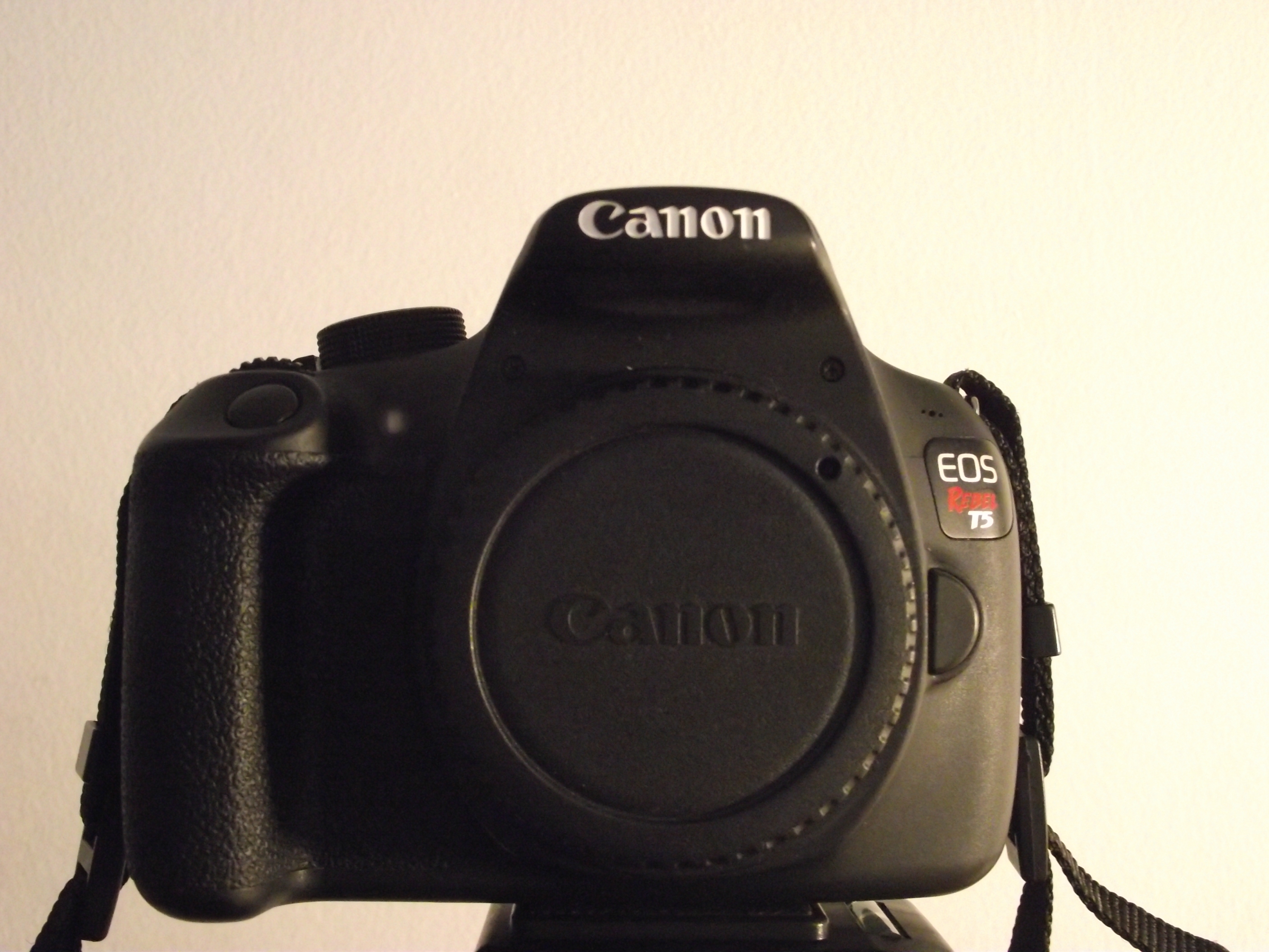 File Canon Eos Rebel T5 Without Lens 2 Jpg Wikimedia Commons